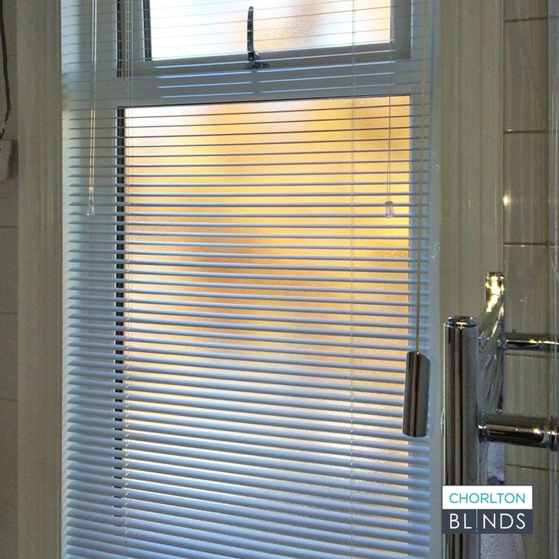 Bathroom venetian Blind