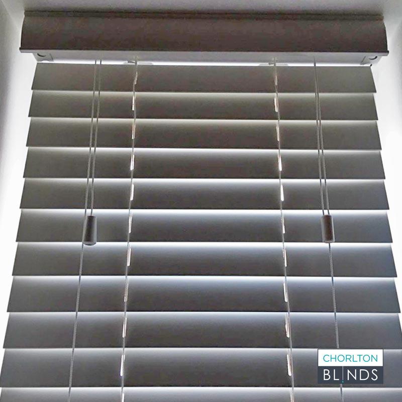 White Wooden Ventian Blind