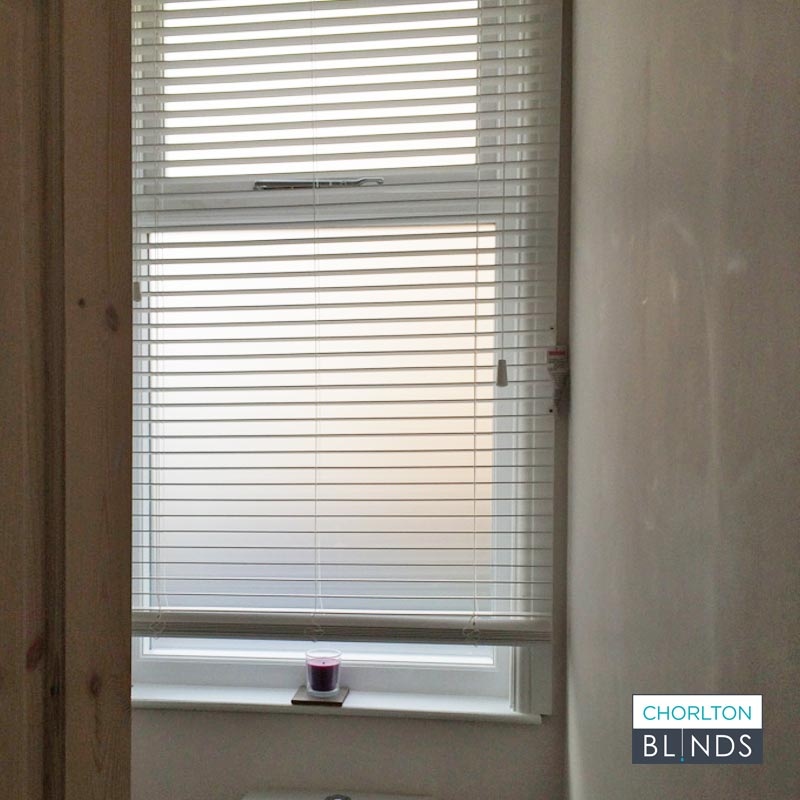 Faux Wood Venetian Blind in Toilet