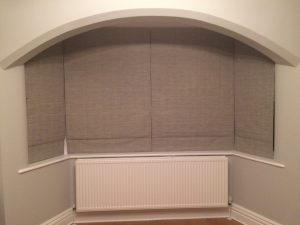 cosy bay window roman blinds